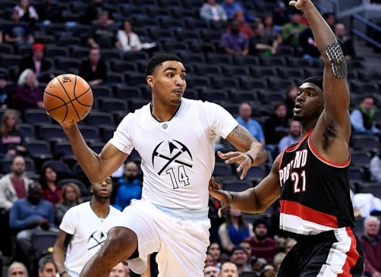 Gary-harris-makes-a-pass-on-portland-trail-picture-id630010936